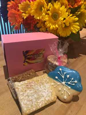 Gift boxes at Cinnamon Cafe for your sweet treats!